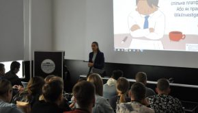 WikiInvestigation held an anti-corruption seminar for students